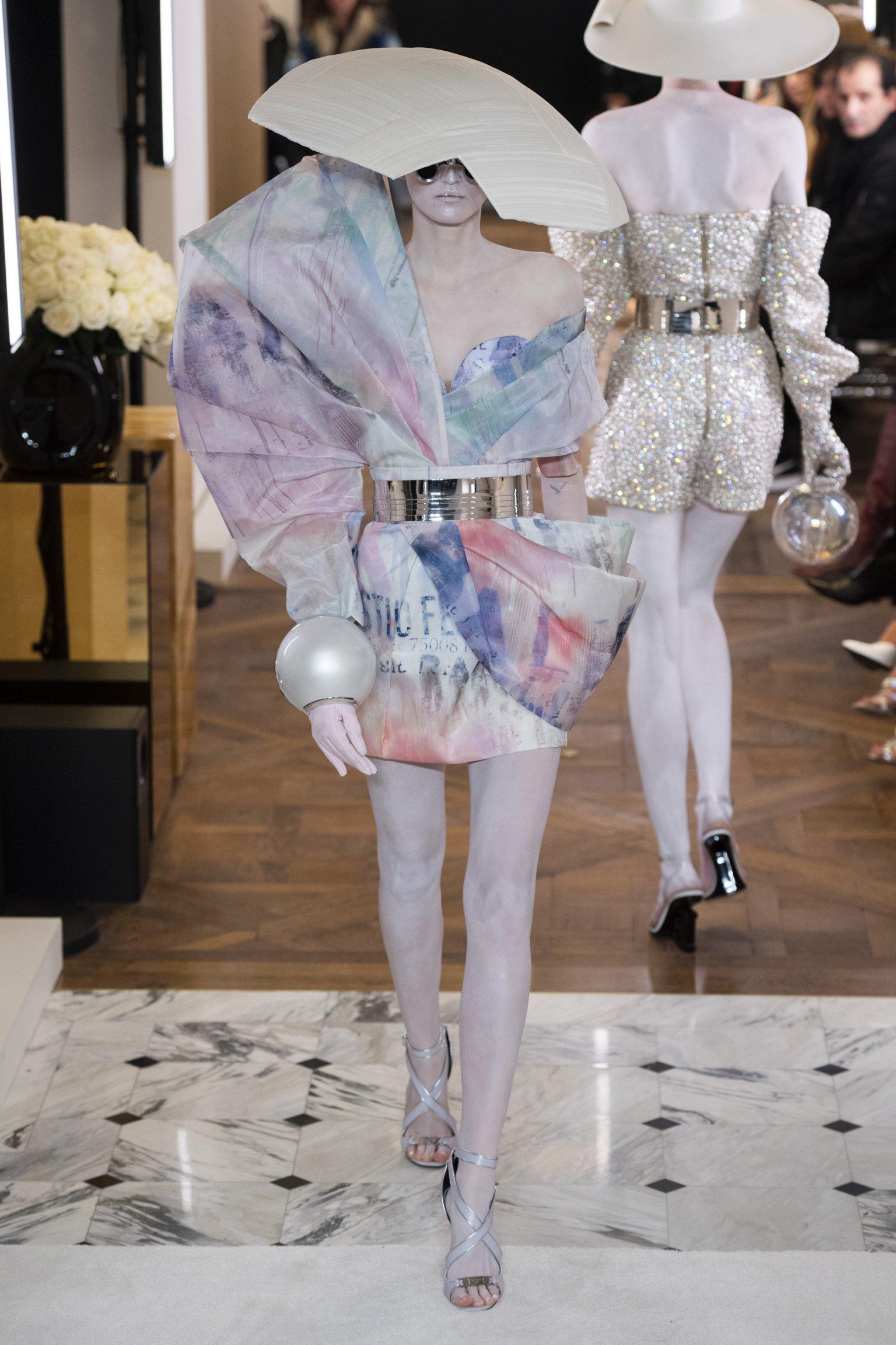 Balmain - Paris Haute Couture Printemps-Eté 2019